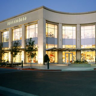 Search Pottery Barn Outlet Near me, find hours, locations, phone numbers, website and other service information. find the nearest Pottery Barn near me.